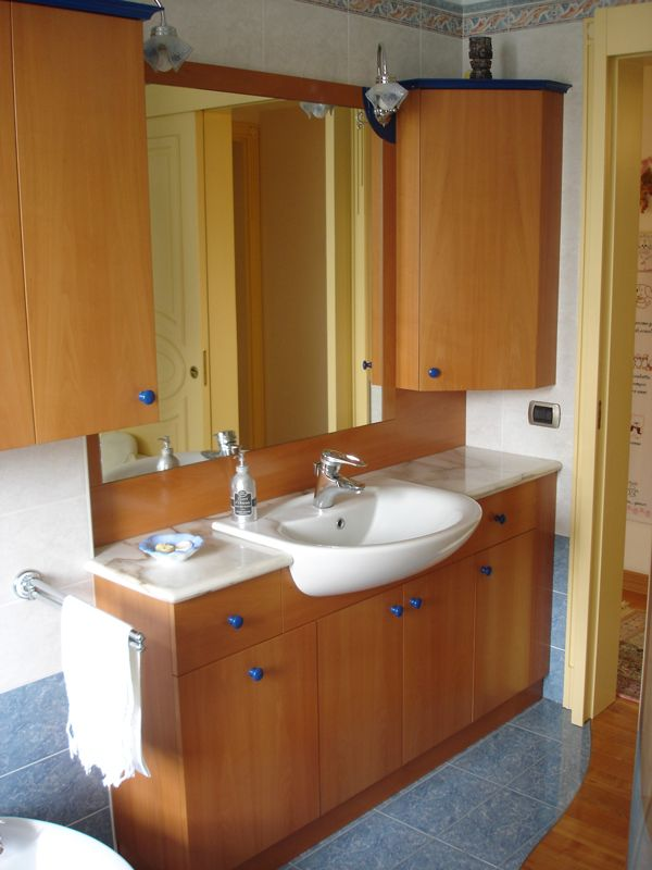 Mobili bagni vari mobili arredamenti serramenti cucine - Arredo bagno san bonifacio ...