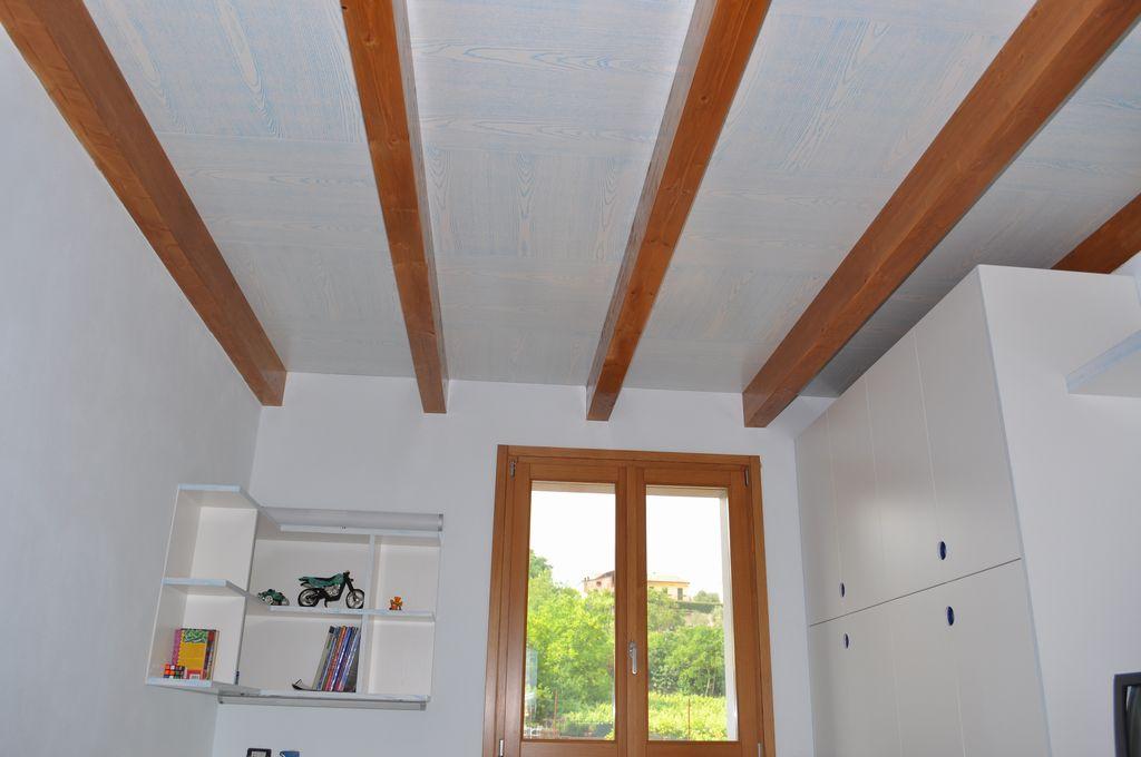 Foto Di Soffitti Con Travi In Legno : Soffitti mobili arredamenti serramenti cucine su misura verona